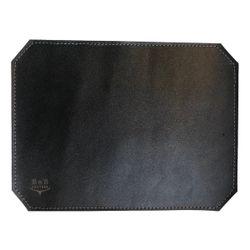 ماوس پد چرم طبیعی دست دوز لاکچری مدل M22 مشکی B&S Leather